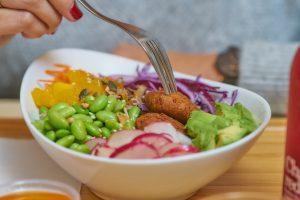 Salade - Poke bowl - Thierry Pousset - Photographe culinaire - Photo culinaire - photo de détails - Reportage photo - Restaurant